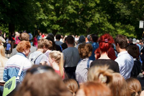 crowd-of-people-w600_mini