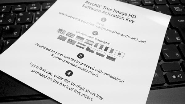 ACRONIS TRUE IMAGE HD 2014はCrucialのSSDに同封