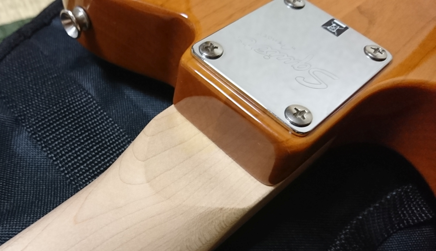 Squier Affnity Telecaster ネックプレート
