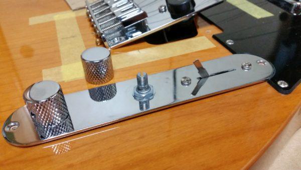 テレキャスター 裏通し弦穴加工 ブリッジ交換 コントロールプレート分解
