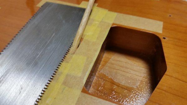 テレキャスター 裏通し弦穴加工 ブリッジ交換 丸棒をのこぎりで切る