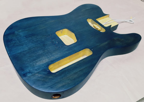 ギターオイルフィニッシュ  4回目