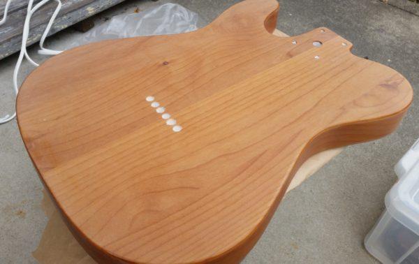 ギターの塗装剥がし #120 #240